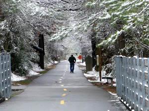 concord-snow-walking